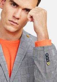 NEW IN TOWN - Blazer jacket - grey - 4
