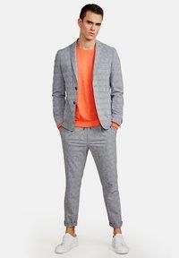 NEW IN TOWN - Blazer jacket - grey - 1