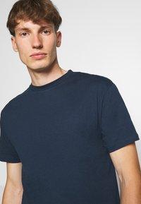Newport Bay Sailing Club - TEE 5 PACK - T-shirt basic - multi - 4
