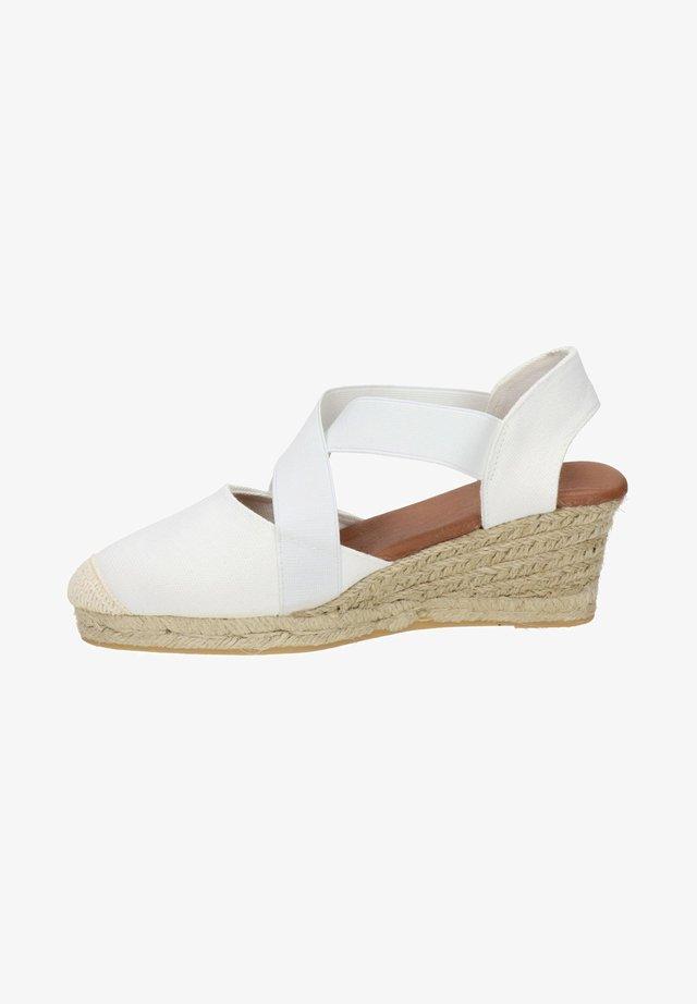 Sandalen met sleehak - ecru