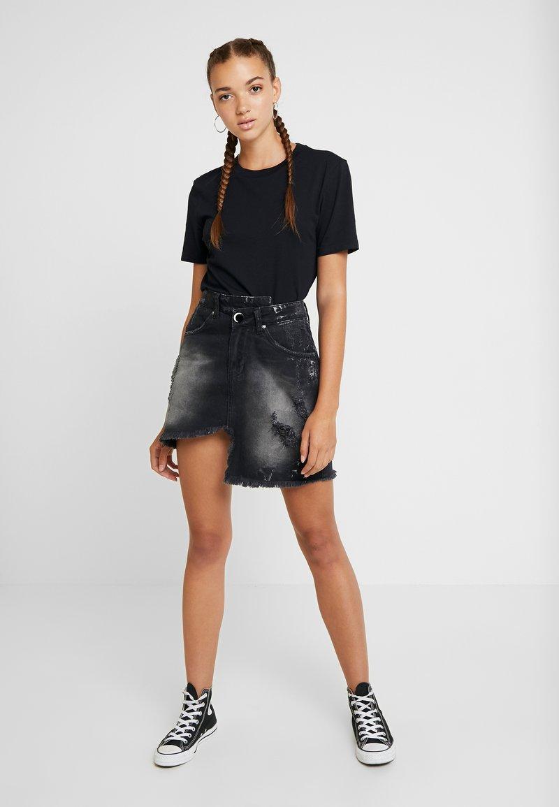NGHTBRD - WRAPPED - Denimová sukně - thunder black