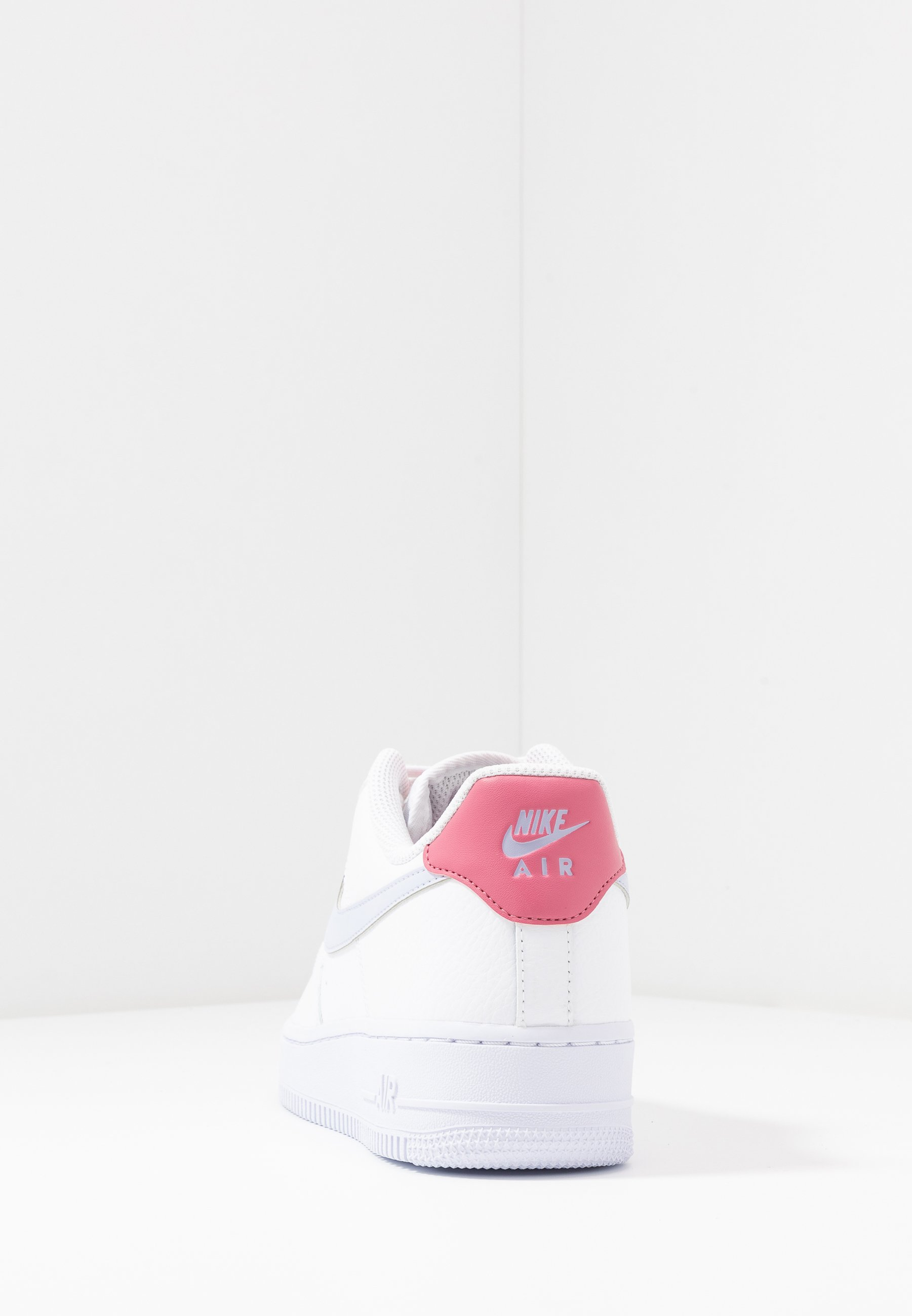 AIR FORCE 1 Baskets basses whiteghostdesert berry