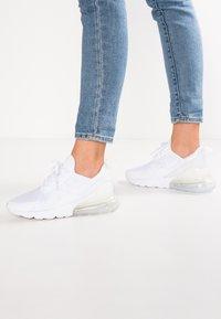 Nike Sportswear - AIR MAX 270 - Sneaker low - white - 0