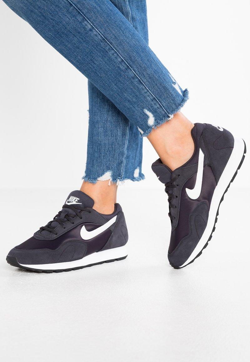 Nike Sportswear - OUTBURST - Trainers - oil grey/summit white/black