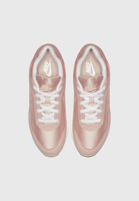 Nike Sportswear - OUTBURST - Baskets basses - washed coral/fuel orange/white - 1