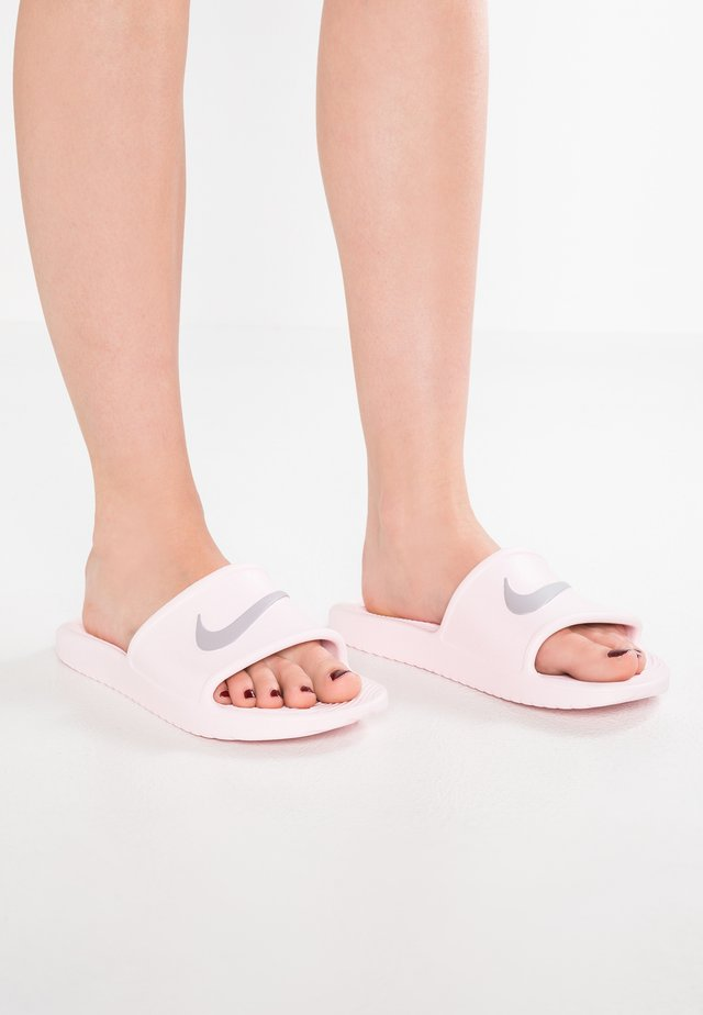KAWA SHOWER - Chanclas de baño - arctic pink/atmosphere grey