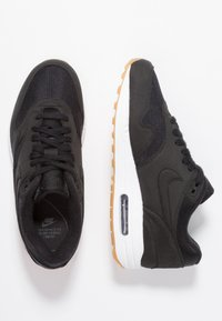 Nike Sportswear - AIR MAX 1 - Sneaker low - black/light brown - 3
