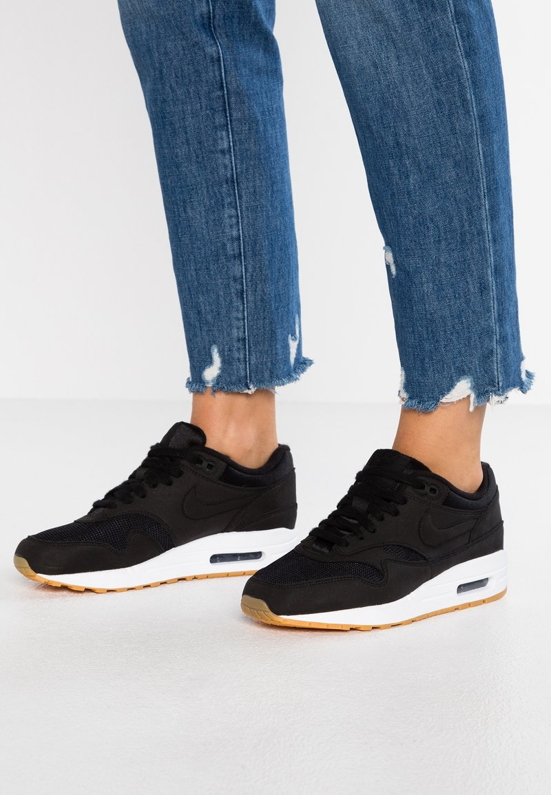 Nike Sportswear - AIR MAX 1 - Sneaker low - black/light brown