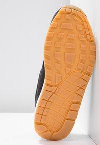 Nike Sportswear - AIR MAX 1 - Sneaker low - black/light brown - 6