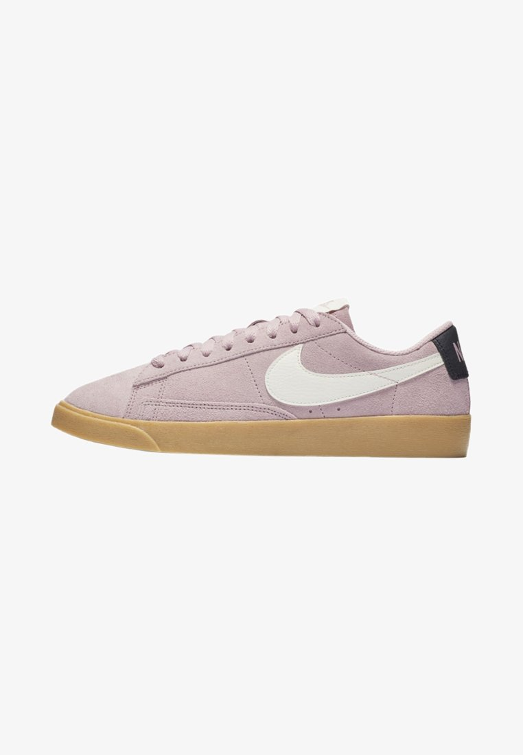 Nike Sportswear - BLAZER - Trainers - plum chalk/oil grey/gum light brown/sail