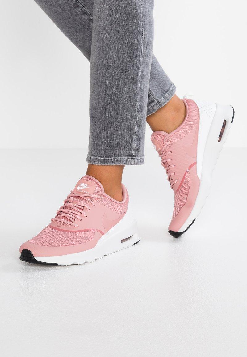 Nike Sportswear - AIR MAX THEA - Trainers - rust pink/summit white