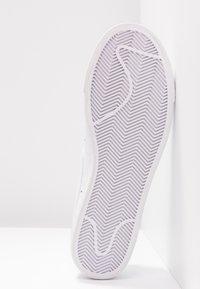 Nike Sportswear - BLAZER - Sneaker low - white - 6