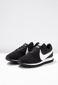 Nike Sportswear - PRE-LOVE O.X. - Sneaker low - black/summit white - 4