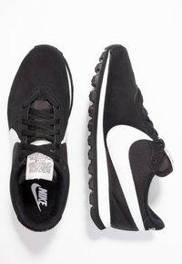 Nike Sportswear - PRE-LOVE O.X. - Sneaker low - black/summit white - 3