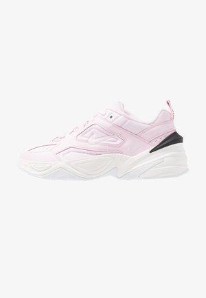 M2K TEKNO - Sneakers laag - pink foam/black/phantom/white
