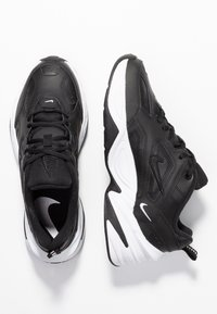 Nike Sportswear - M2K TEKNO - Sneakersy niskie - black/white - 1