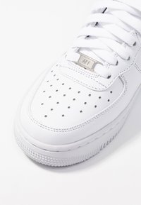 Nike Sportswear - AIR FORCE 1 - Sneakers hoog - white - 2
