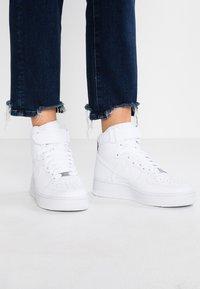 Nike Sportswear - AIR FORCE 1 - Sneakers hoog - white - 0
