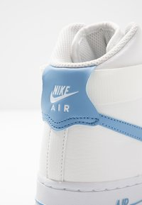Nike Sportswear - Matalavartiset tennarit - summit white/light blue/white/med brown - 2