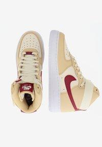 Nike Sportswear - AIR FORCE 1 - Sneakers hoog - noble red/pale ivory/white - 1