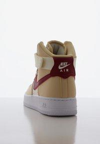 Nike Sportswear - AIR FORCE 1 - Sneakers hoog - noble red/pale ivory/white - 3