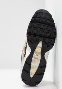 Nike Sportswear - NIKE AIR MAX 95 - Sneakers - black/metallic gold - 6