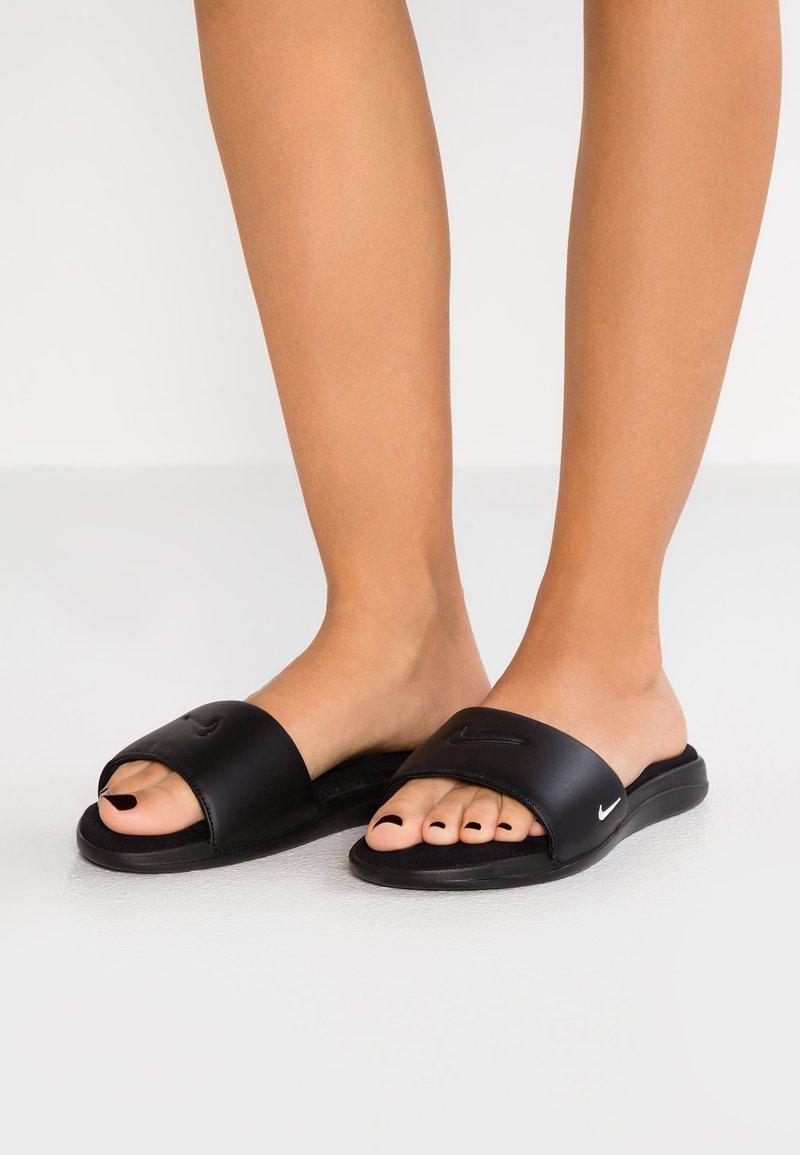 Nike Sportswear - ULTRA COMFORT3 SLIDE - Sandalias planas - black/white