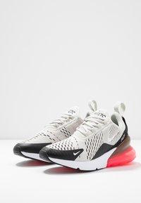 Nike Sportswear - AIR MAX 270 - Baskets basses - black/light bone/hot punch white - 4