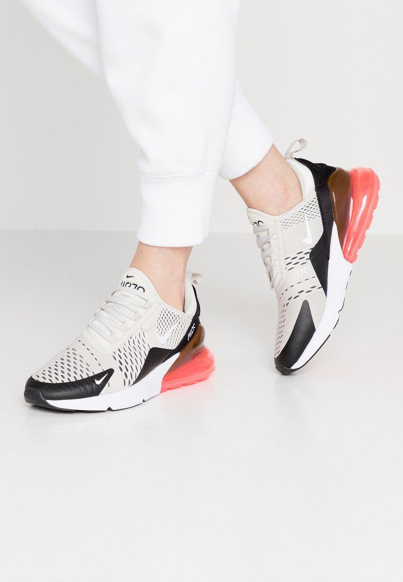 Nike Sportswear - AIR MAX 270 - Sneaker low - black/light bone/hot punch white