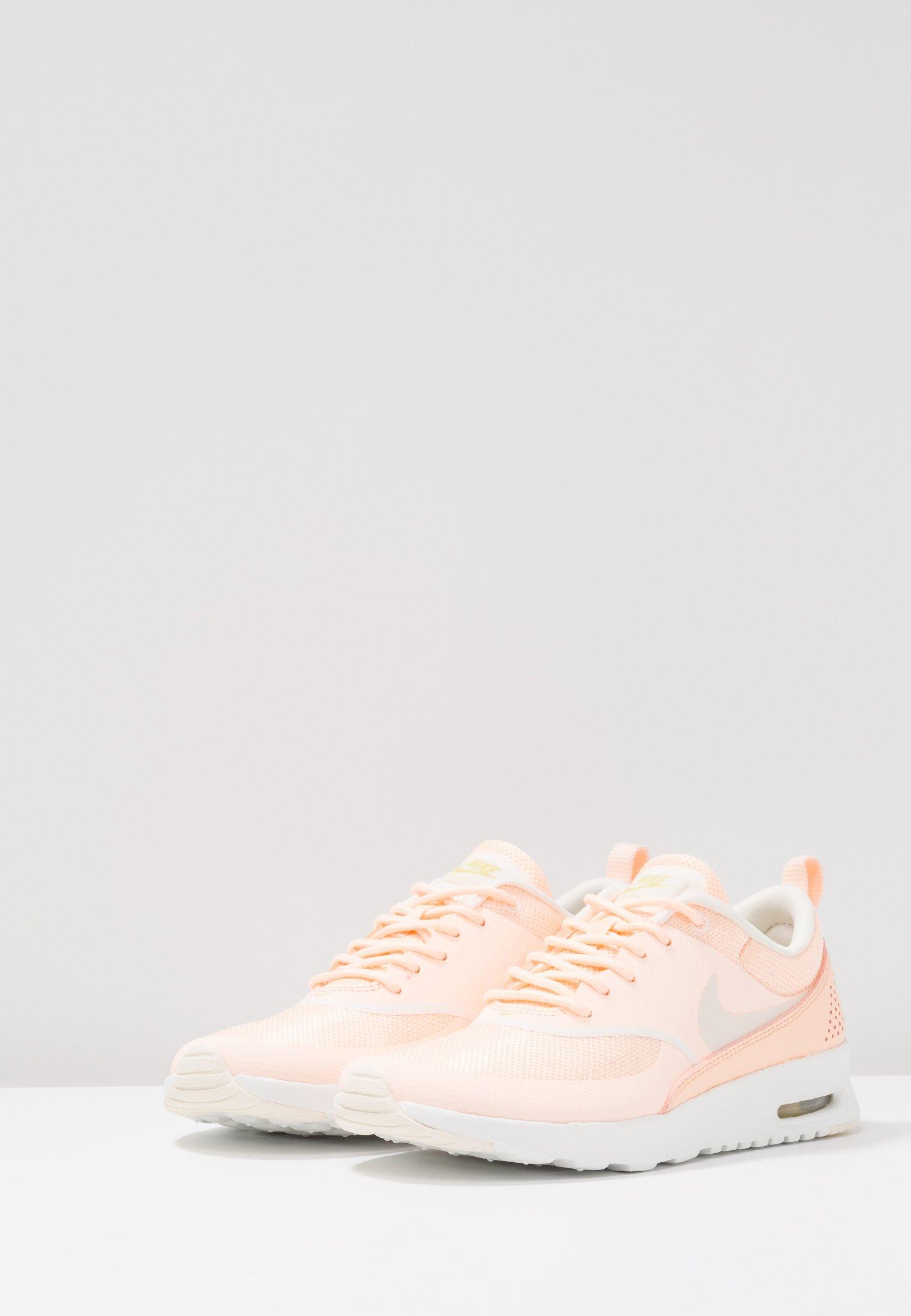 AIR MAX THEA Sneakers crimson tintpale ivorycelerysummit white