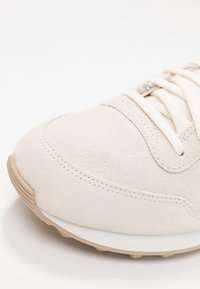 Nike Sportswear - INTERNATIONALIST PRM - Trainers - pale ivory/summit white/tan