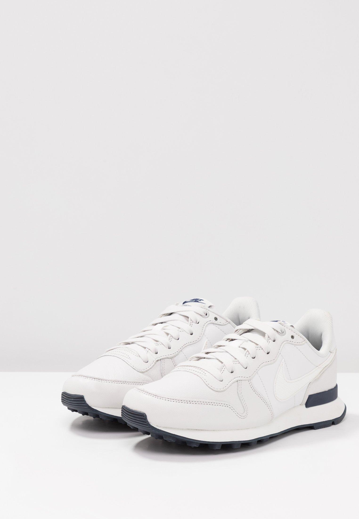 Platinum Tint Nike obsidian summit Basses White Sportswear metallic Summit PrmBaskets White Internationalist 0PnkwO