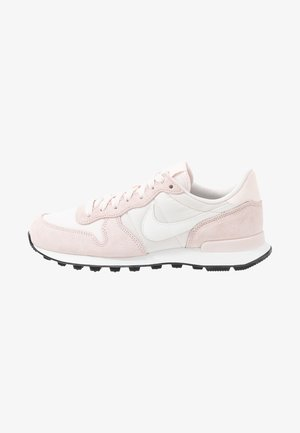 INTERNATIONALIST - Sneakers basse - light soft pink/summit white/black