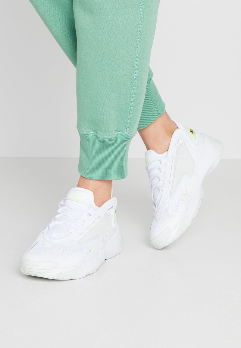 Nike Sportswear - ZOOM 2K - Baskets basses - white/barely volt/ghost aqua