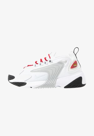 ZOOM 2K - Sneakers laag - white/pure platinum/gym red/black