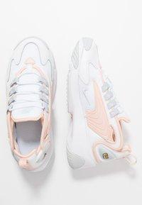 Nike Sportswear - ZOOM 2K - Trainers - white/aura/washed coral - 1