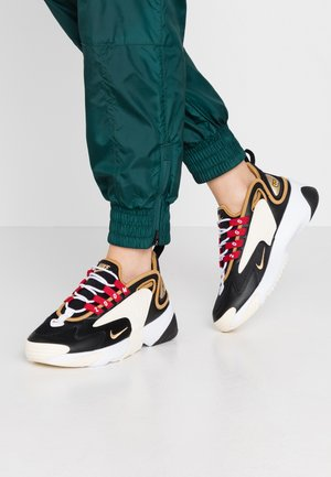 ZOOM 2K - Trainers - black/metallic gold/white/sail/gym red