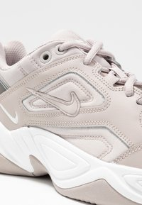 Nike Sportswear - M2K TEKNO - Sneakers - moon particle/summit white/white - 2