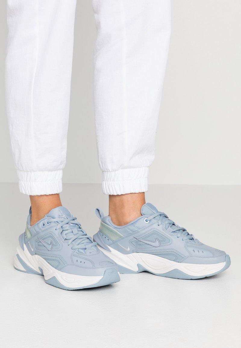 Nike Sportswear - M2K TEKNO - Sneaker low - obsidian mist/platinum tint/white