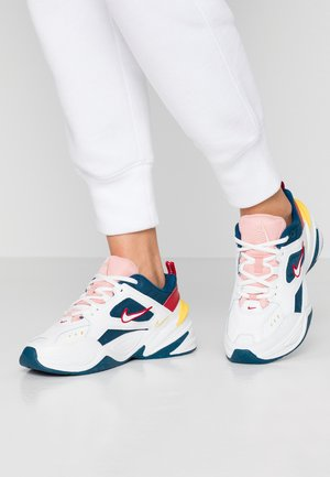 M2K TEKNO - Zapatillas - blue force/summit white/chrome yellow