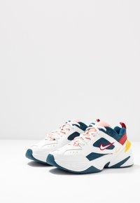 Nike Sportswear - M2K TEKNO - Baskets basses - blue force/summit white/chrome yellow - 4