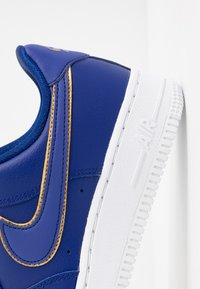 Nike Sportswear - AIR FORCE 1 '07 - Baskets basses - blue force/white/metallic gold