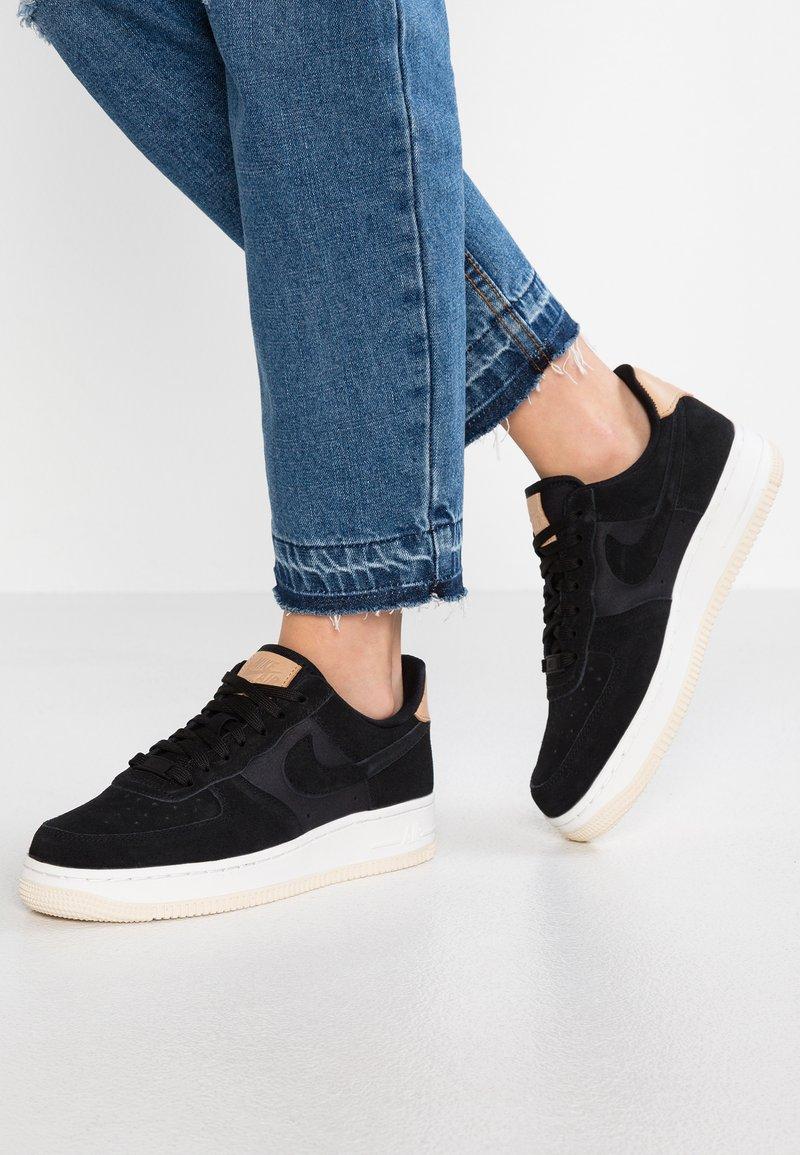 Nike Sportswear - AIR FORCE  - Sneakers laag - black/summit white/light cream