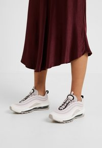 Nike Sportswear - AIR MAX 97 - Sneakers - pale pink/violet ash/black/summit white - 0