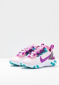 Nike Sportswear - REACT 55 - Zapatillas - flamingo/vivid purple/eggplant/oracle - 4