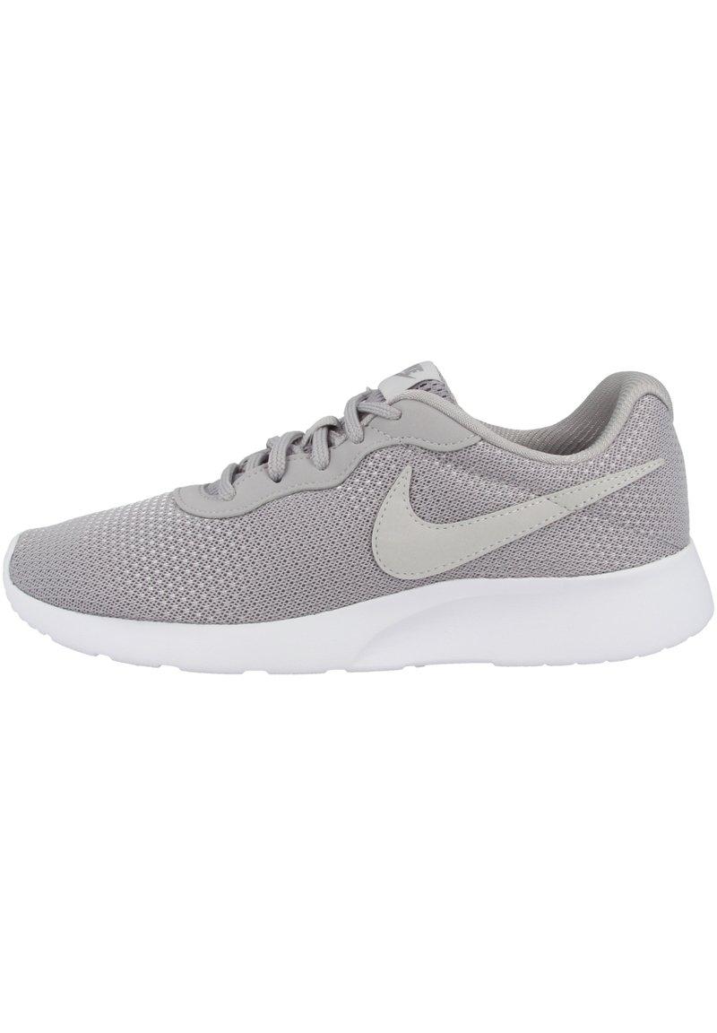 Nike Sportswear - TANJUN - Sneakers basse - atmosphere grey-vast grey-white (812655-014)