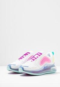 Nike Sportswear - AIR MAX 720 - Sneakers laag - white/light aqua/chalk blue/psychic pink/luminous green/hyper violet - 4