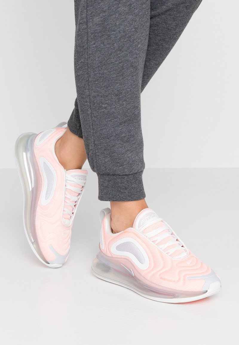Nike Sportswear - AIR MAX 720 - Sneaker low - bleached coral/summit white/pure platinum
