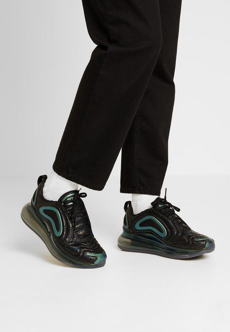 Nike Sportswear - AIR MAX 720 - Sneaker low - black/metallic silver