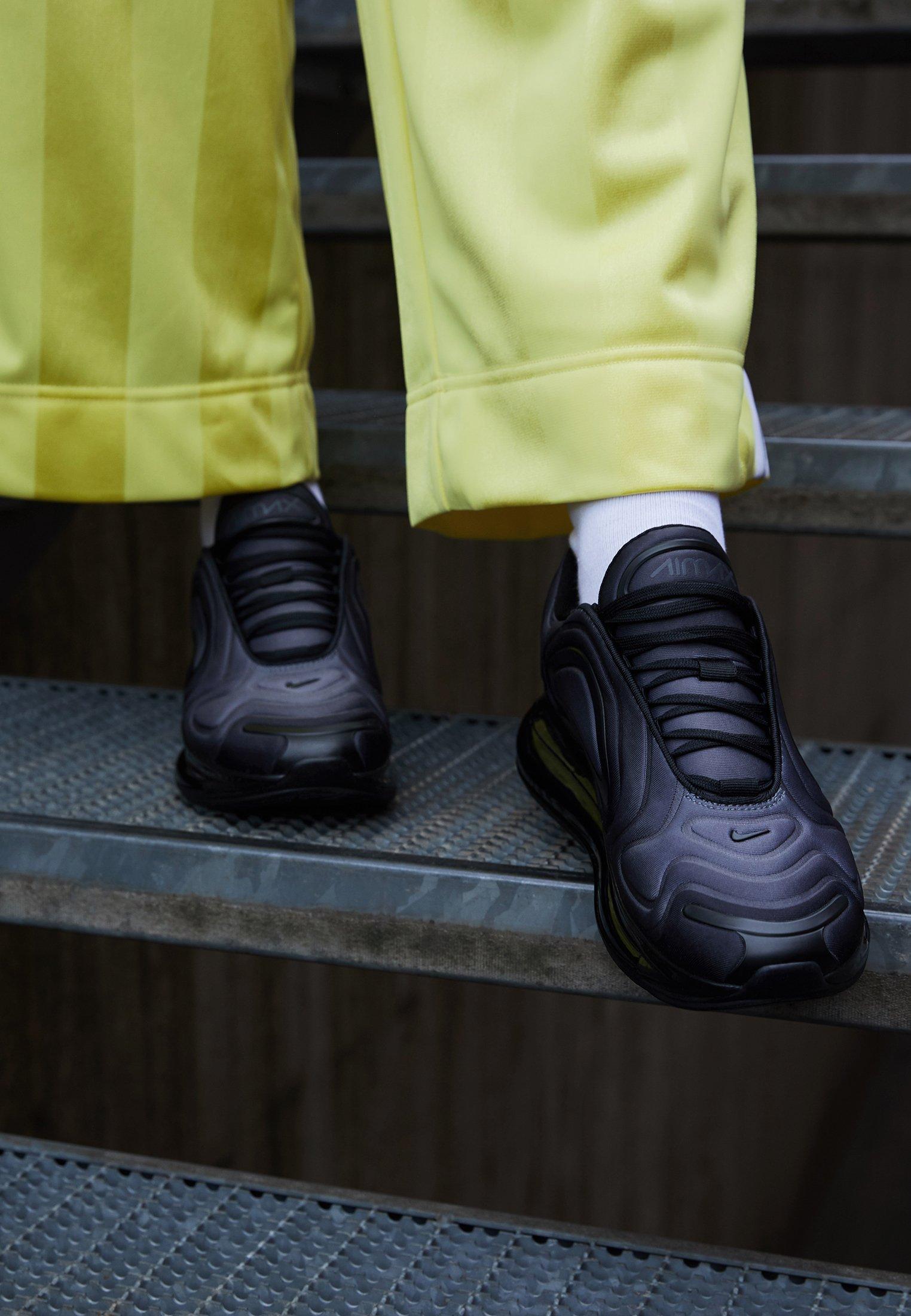 Nike Sportswear AIR MAX 720 Sneakers laag black